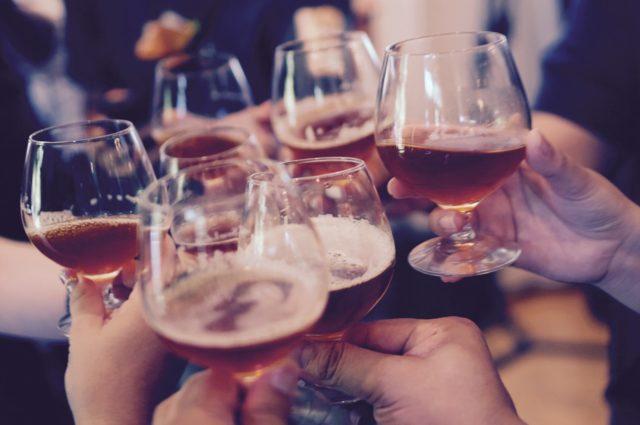 Ratgeber: Alkoholgehalt im Likör bestimmen und berechnen